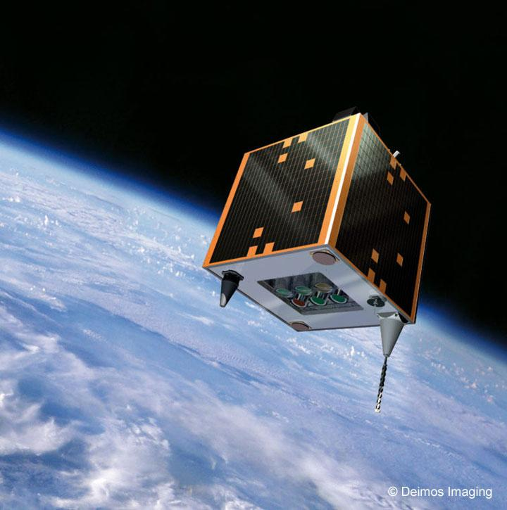 Deimos-1-satellite_720725